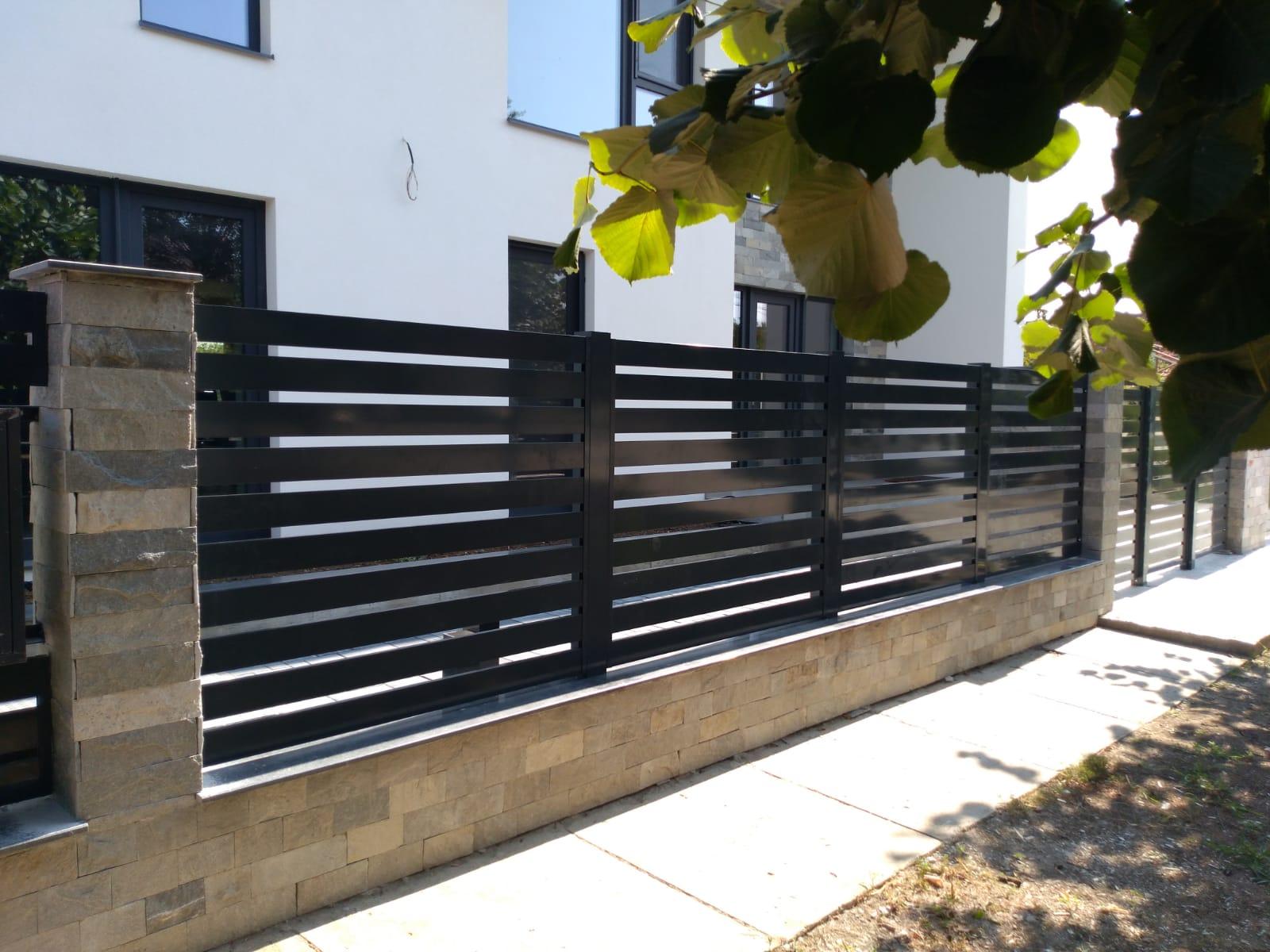 montarea gardurilor,balustradelor si portilor din aluminiu.